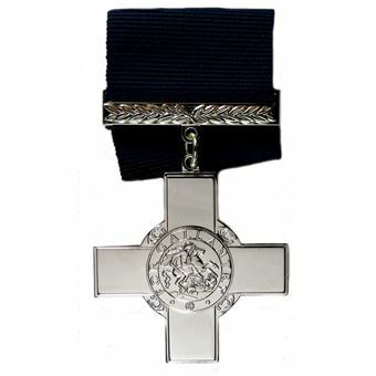 Picture of George Cross Replica with ribbon