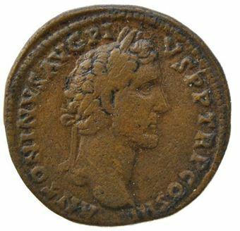 Picture of Antoninus Pius , AD 138-161, Brass Sestertius. AVF