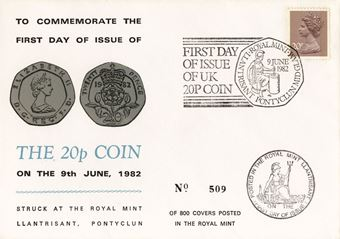 Picture of Elizabeth II, 20 Pence Cover & 2000 20 Pence