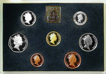 Picture of Elizabeth II, Deluxe  Proof Set, 1985